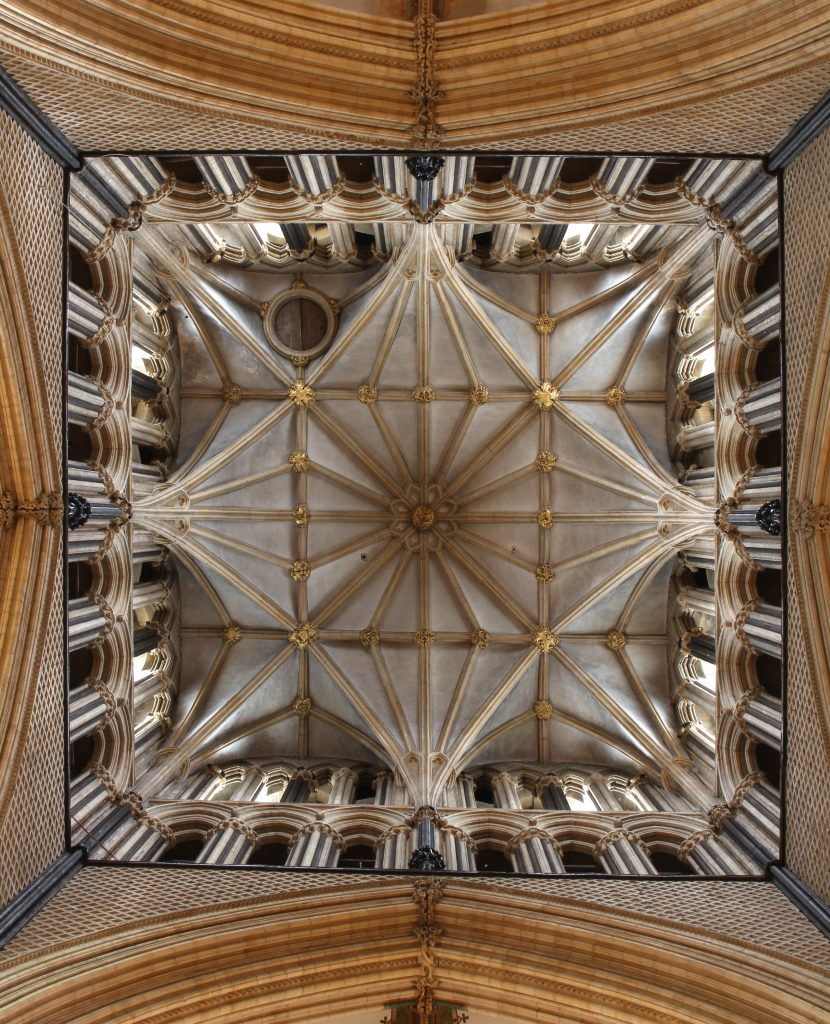Image of crossing vault at Lincoln Cathedral, looking up