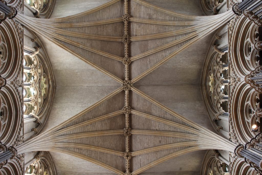 Image of the vault in the Angel Choir at Lincoln Cathedral, looking up