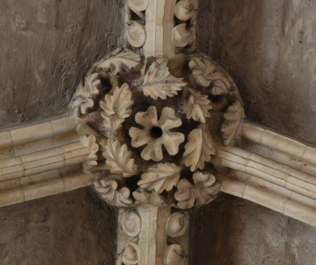 Image of boss in the Angel Choir at Lincoln Cathedral showing oak leaves
