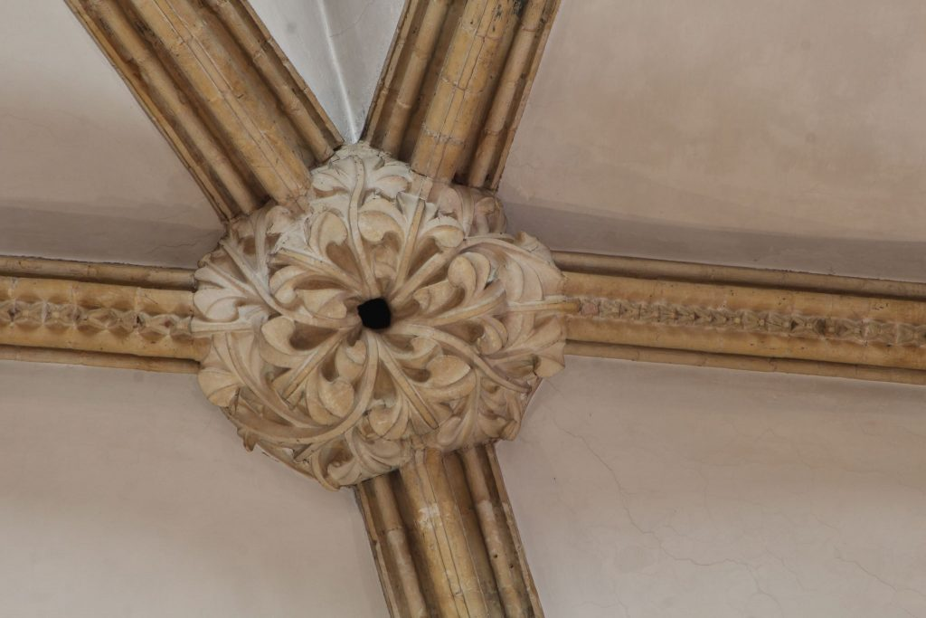 Image of boss in St Hugh's Choir at Lincoln