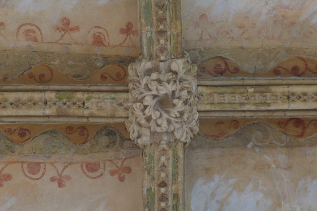 Image of central boss of transverse arch in south transept at Lincoln