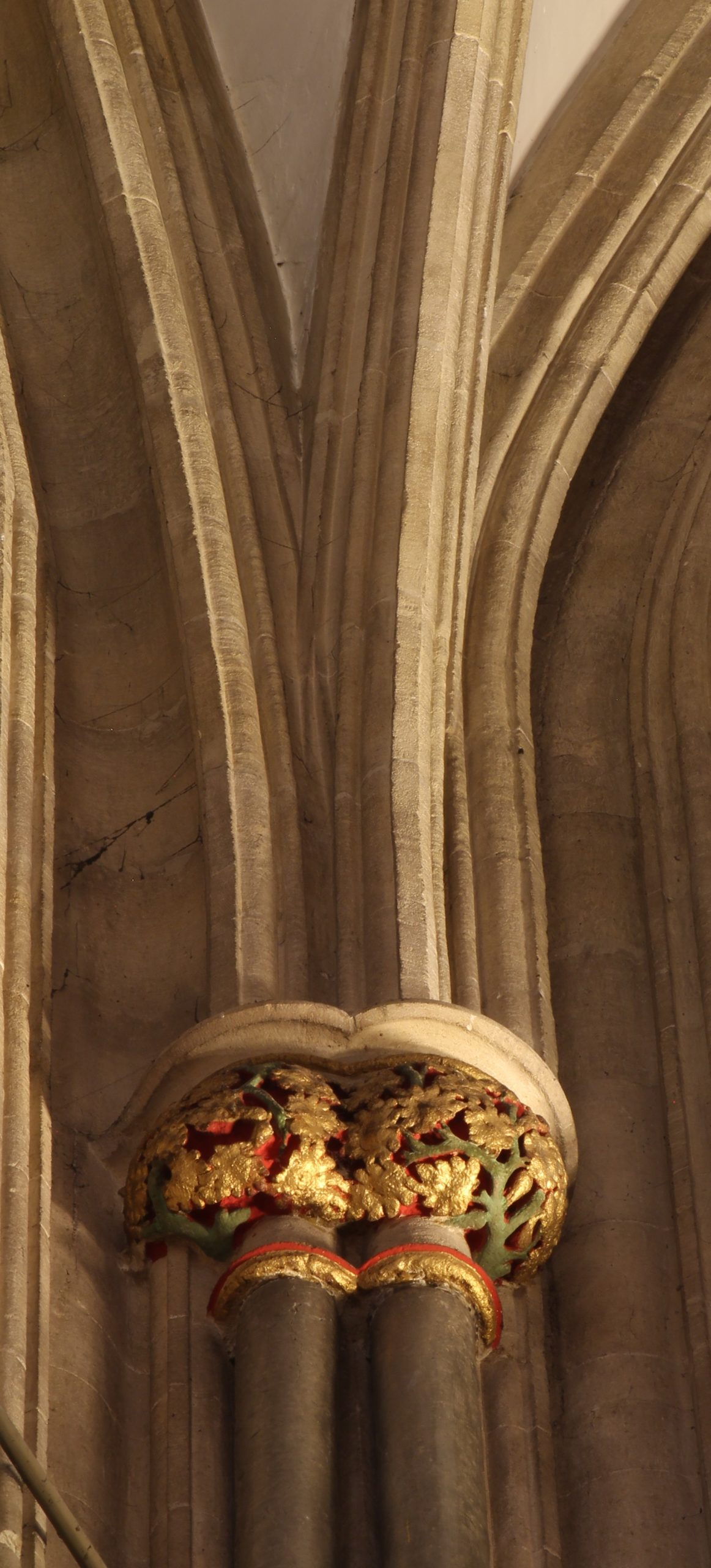 Image of stilting at the base of the ribs in the choir vault at Wells Cathedral
