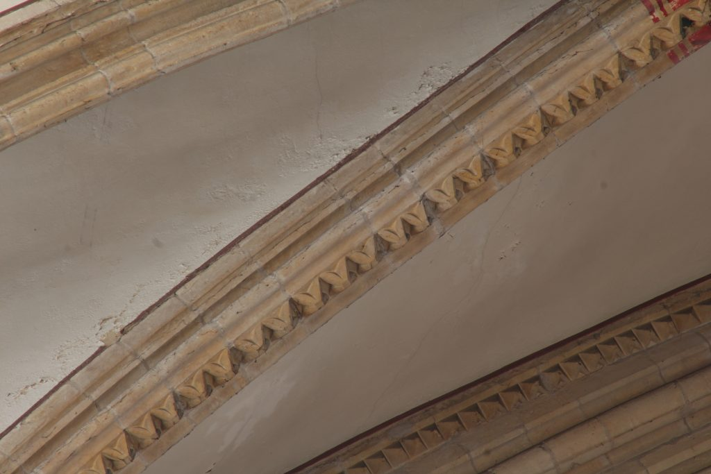 Image of dogtooth pattern rib moulding in the north arm of the great transept at Lincoln Cathedral