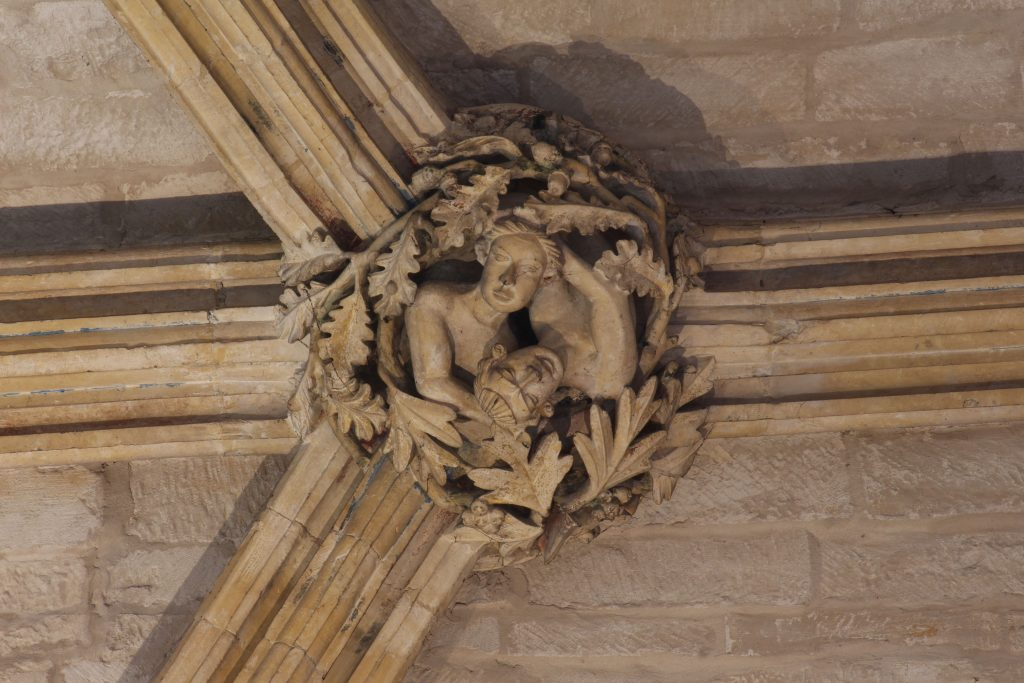 Image of sculpted boss from Angel Choir aisle at Lincoln Cathedral