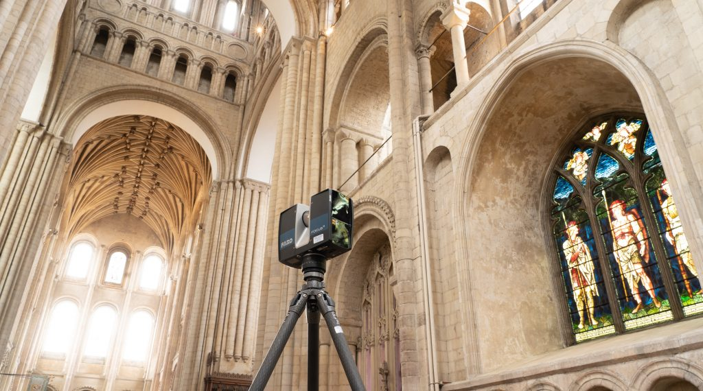 Image of laser scanner in use at Norwich Cathedral