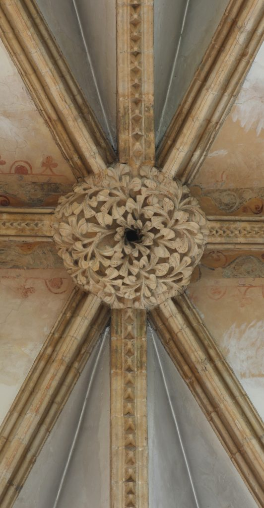 Image of central boss and ribs in bay S11.2 of Great Transept at Lincoln Cathedral