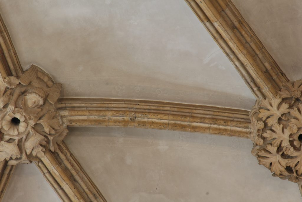 Image of rib mouldings in the east crossing at Lincoln Cathedral