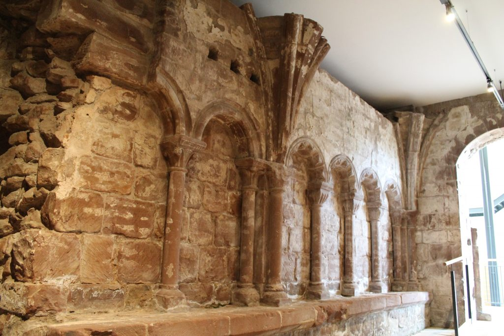 Image of the outer parlour of the West Range at Norton Priory